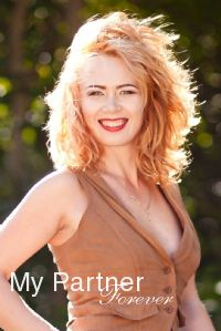 Charming Lady from Ukraine - Yuliya from Poltava, Ukraine