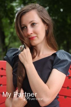Dating Service to Meet Single Ukrainian Woman Svetlana from Kiev, Ukraine