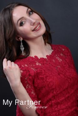 Dating Site to Meet Beautiful Belarusian Lady Yuliya from Grodno, Belarus