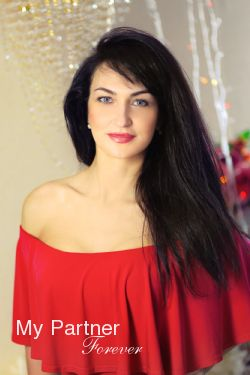 International Marriage Agency to Meet Nataliya from Kharkov, Ukraine