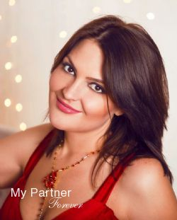 Matchmaking Service to Meet Elena from Samara, Russia