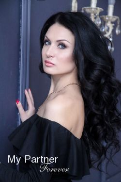 Russian Girl Looking for Men - Viktoriya from Moscow, Russia