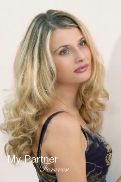 Ukrainian Women Matchmaking - Meet Lilya from Mariupol, Ukraine