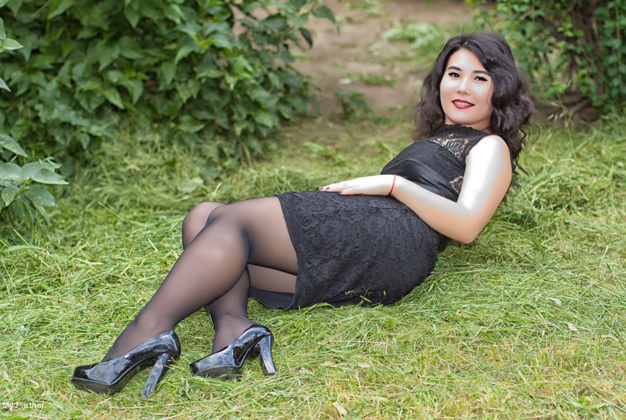 Find A Beautiful Ukraine Bride, Meet Single Russian Girls -7230