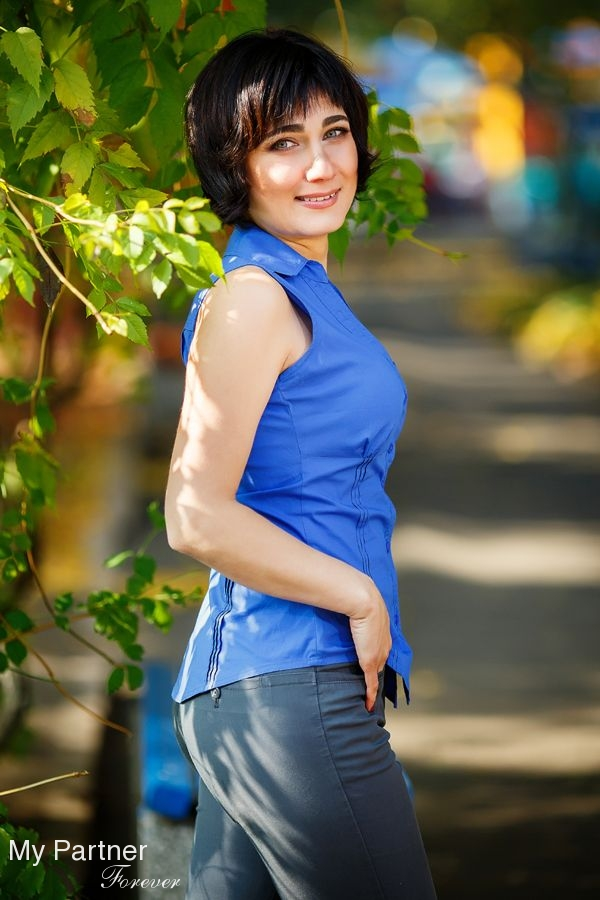 Dating Ukrainian ladies: find beautiful women in a rural