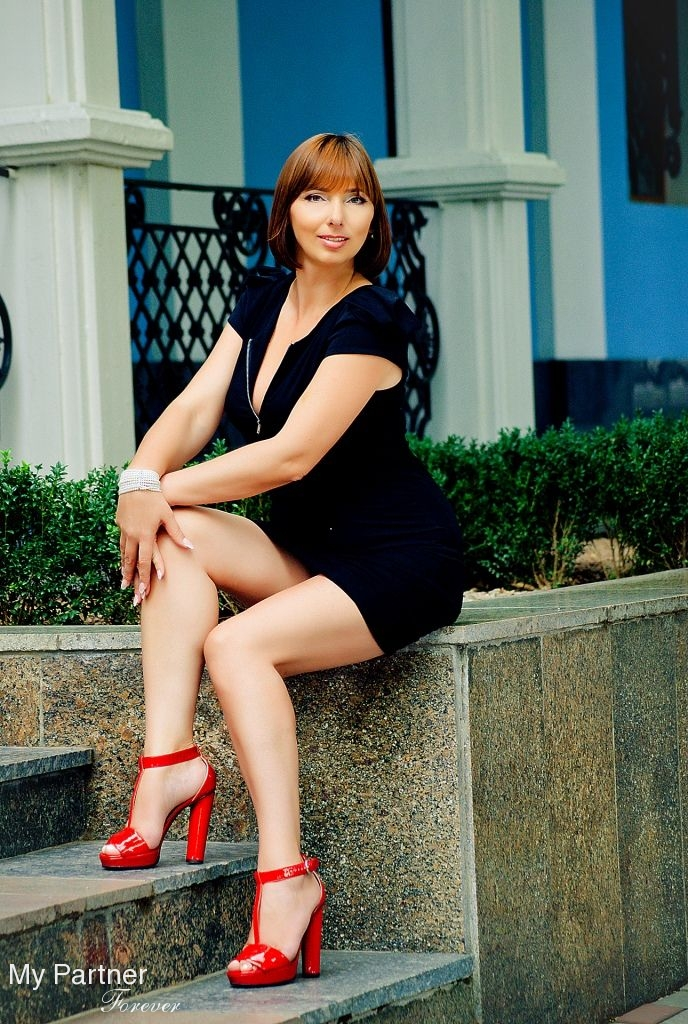 Datingsite to Meet Beautiful Ukrainian Lady Larisa from Nikolaev, Ukraine