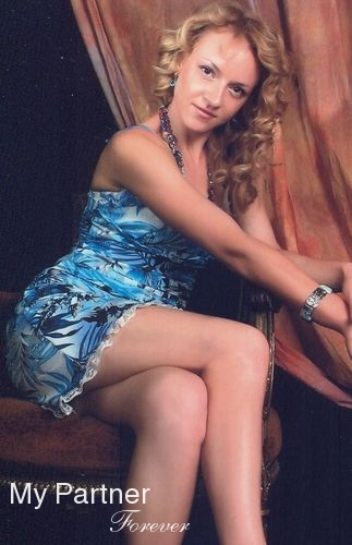 Datingsite to Meet Stunning Russian Woman Valentina from Chisinau, Moldova