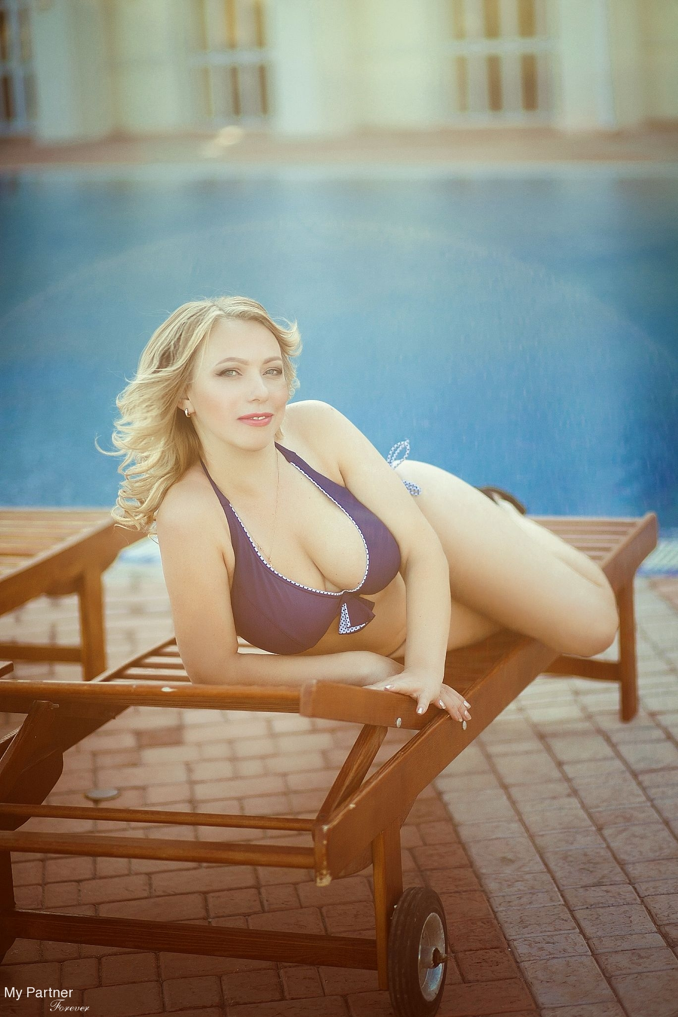 Matchmaking Service to Meet Olga from Mariupol, Ukraine