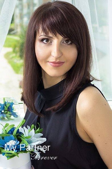 Dating Service to Meet Charming Belarusian Lady Tatiyana from Grodno, Belarus