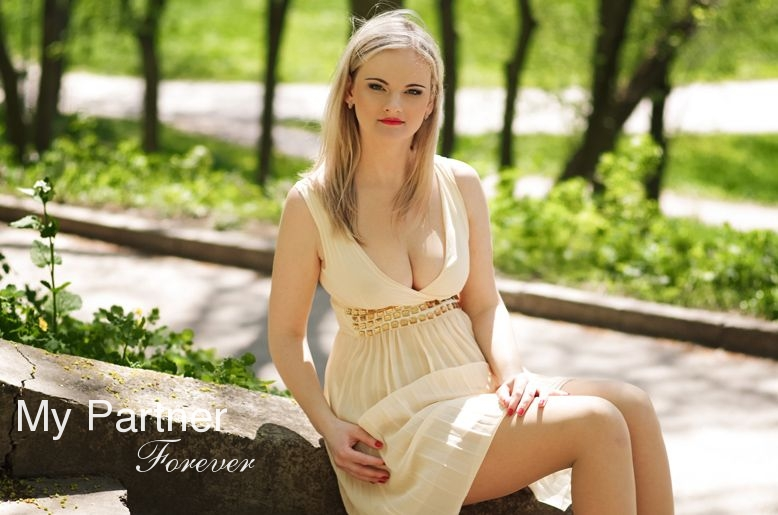 Latinas cum on phat ass compilation