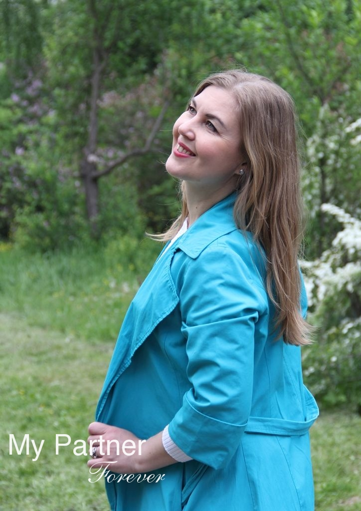 Dating Service to Meet Single Ukrainian Woman Aleksandra from Vinnitsa, Ukraine