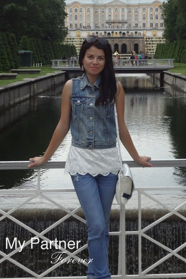 Dating with Sexy Belarusian Woman Elena from Grodno, Belarus