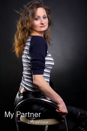 Datingsite to Meet Gorgeous Ukrainian Lady Irina from Zaporozhye, Ukraine