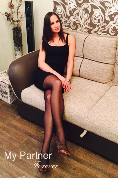 Datingsite to Meet Stunning Belarusian Woman Alesya from Grodno, Belarus