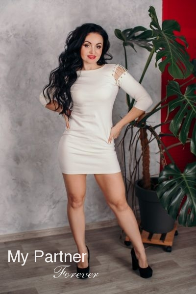 Meet Gorgeous Ukrainian Woman Viktoriya from Zaporozhye, Ukraine